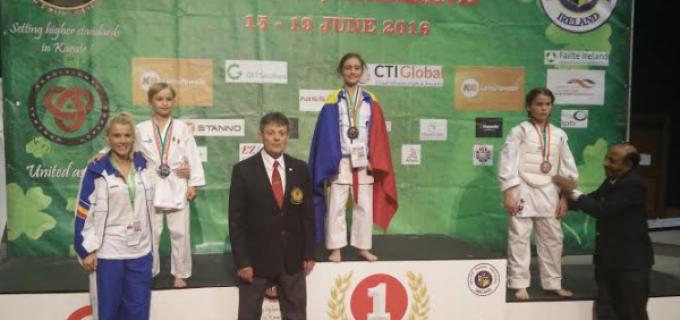 Karate Club Turda: Turdeanca Maria MORAR (9 ani), dublă campioană mondială la karate!