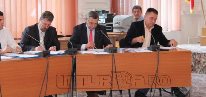Informare publică a Grupului de consilieri locali PNL Turda cu privire la ședința extraordinară a Consiliului Local Turda din data de 18 iulie 2016
