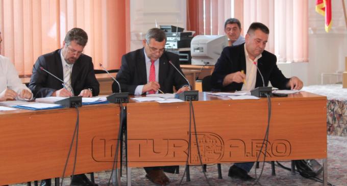 Informare publică a grupului de consilieri locali PNL Turda cu privire la ședința extraordinară a Consiliului Local Turda din data de 4 iulie 2016