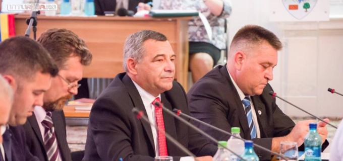 Liberalii turdeni îl felicită pe noul primar al Turzii, Cristian Matei, pentru preluarea proiectelor gândite de fosta administrație