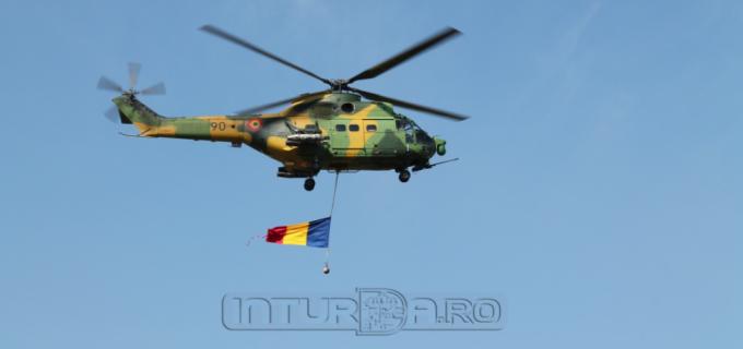 """VIDEO: Ziua Portilor Deschise la Baza 71 Aeriana """"General Emanoil Ionescu"""" din Câmpia Turzii"""
