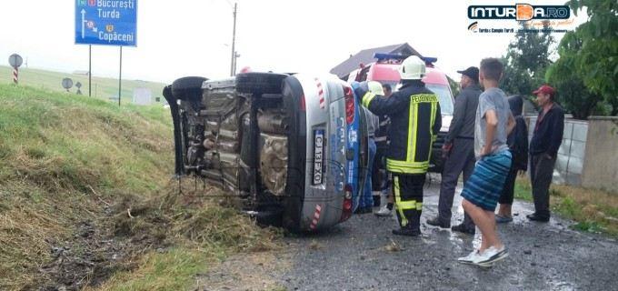 VIDEO – Accident la intrarea în Copăceni, șoferul a pierdut controlul autoturismului