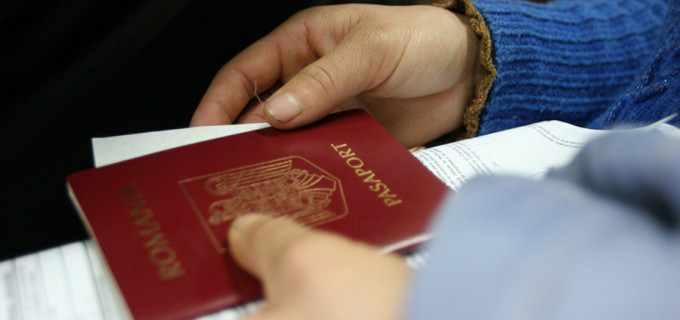 Modificări privind modalitățile de plată a taxelor pentru eliberarea pașapoartelor și a permiselor de conducere