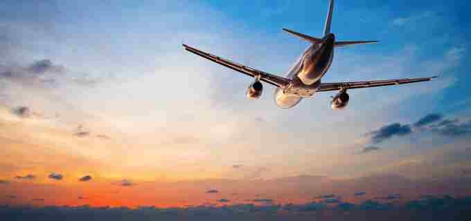 Cum ar fi să ajungi la mare în 75 de minute? Se negociază un posibil zbor Cluj-Constanța!