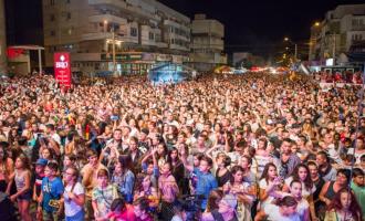 VIDEO: Încă o seara superbă la Turda. Strada Tineretului în plină sărbătoare!