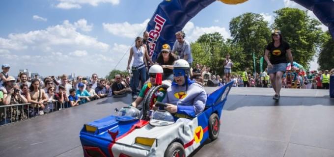 Red Bull Soapbox Race, o lume plina de vitezomani si pasionati de chestii puse pe roti, revine la Cluj în 3 septembrie 2016