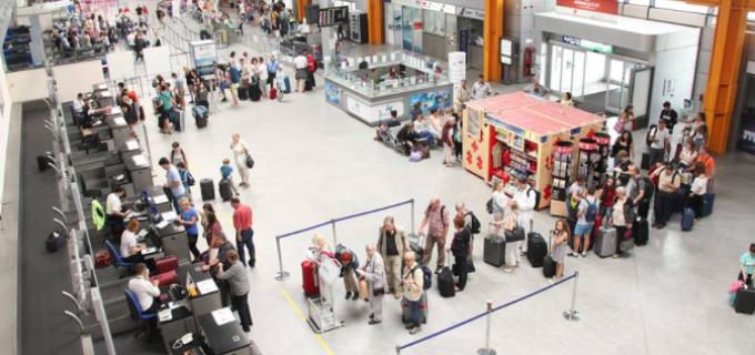 Trafic record pe Aeroportul din Cluj. Peste 210.000 de pasageri în luna august 2016