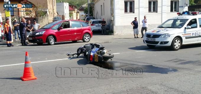VIDEO: Accident în fața Spitalului Municipal Turda