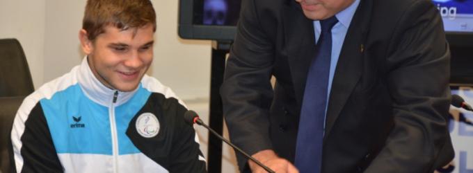 CJ Cluj a organizat o festivitate de premiere a sportivului paralimpic clujean, Alexandru Bologa