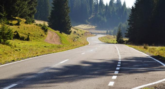 Finalizarea proiectului de modernizare a drumului turistic Răchiţele – Ic Ponor