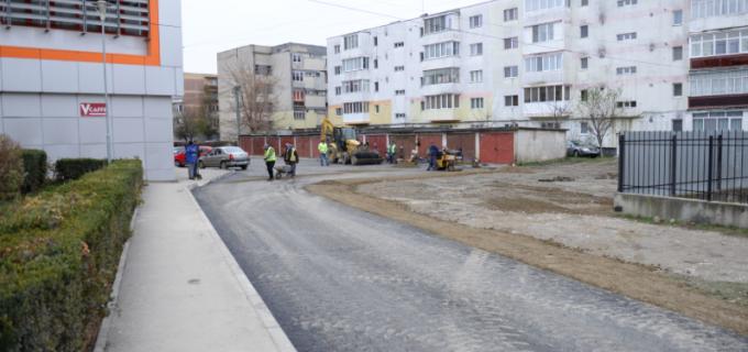 Primaria Municipiului Turda continuă lucrările de reabilitare a străzilor din oraș