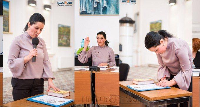 Video: Sămărtinean Iuliana Maria a depus jurământul de Consilier Local