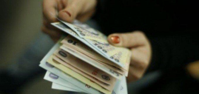 Statistică: Cât câștigă, în medie, un angajat și un pensionar din Județul Cluj
