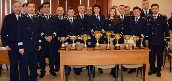 """Poliţia municipiului Turda a obținut locul 3 la competiția profesională """"Poliția în slujba comunității"""""""