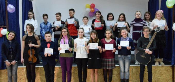 """""""Minunata inocență"""" – spectacol de muzica și poezie la Școala """"Teodor Murășanu"""""""