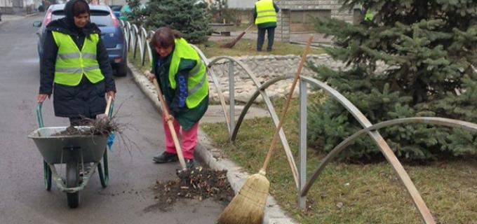 La Câmpia Turzii continuă curățenia generală de primăvară