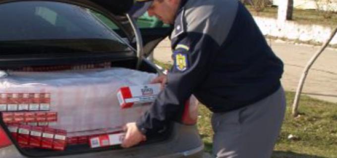 Polițiștii au identificat un bărbat din Turda care deținea 1.600 de țigarete de contrabandă