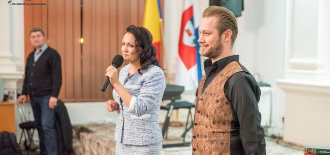 VIDEO/Foto: Spectacol la Primăria Turda cu Dorel Vișan și Zoltan Nagy, bariton la Opera din Viena