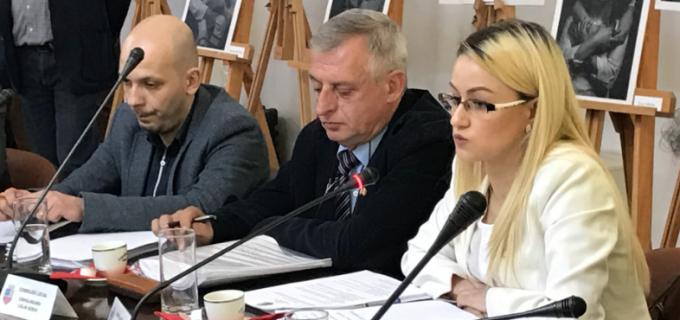 """Sima Georgiana, dezamagită de atitudinea colegilor: """"La fiecare sedinta de Consiliu Local am invatat cum se face circ pe gratis"""""""