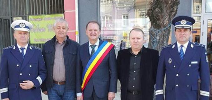 Primarul municipiului Turda, Matei Cristian, mulțumește Politiei pentru efortul depus zilnic pentru apărarea cetătenilor