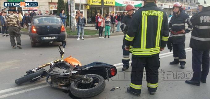 VIDEO: Accident în zona materna. A fost implicat și un motociclist!