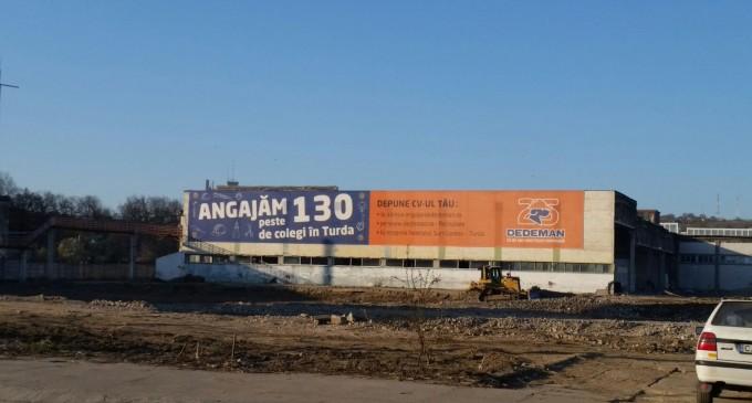 Lucrările progresează la Dedeman Turda, care anunță peste 130 de noi locuri de muncă