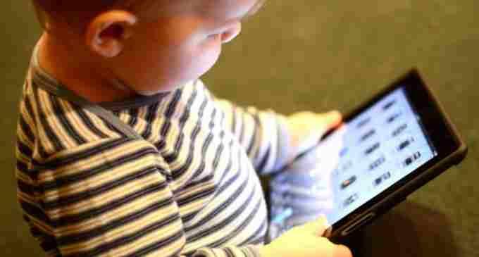 Medic neurolog-pediatru: Cum se atrofiază creierul unui copil care petrece prea mult timp la calculator