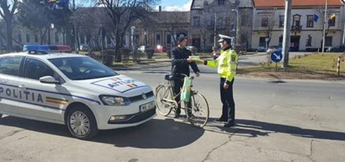 Recomandările Poliției Române pentru cei cărora le place să meargă cu bicicleta
