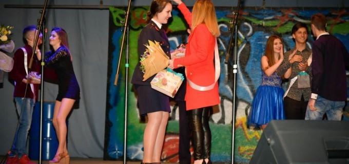 Turdeanca Oana Vențel a câștigat titlul de Miss Boboc la Balul Județean al Bobocilor 2017!