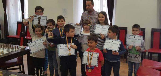"""Rezultate exceptionale pentru Sah Club Potaissa Turda la concursul """"Cuiul Sighetean"""""""