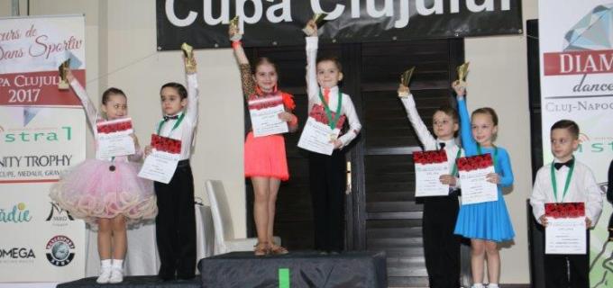 10 medalii pentru dansatorii turdeni la Cupa Clujului