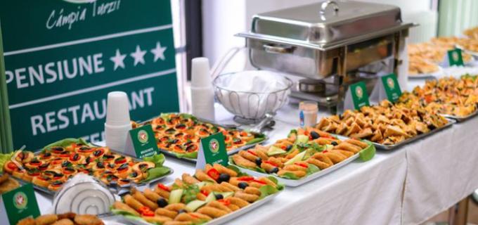 Produse de post, gătite cu suflet, în cadrul unei expoziţii culinare de excepţie la Câmpia Turzii