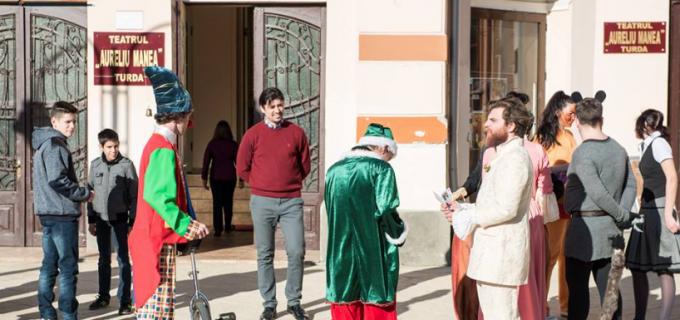 "VIDEO/Foto: Spectacol caritabil la Teatrul ""Aureliu Manea"" Turda"