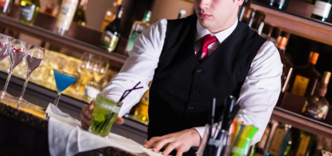 Hotelul Salinei angajează barman/ospătar pentru Restaurant Potaissa