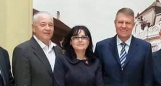 """ALDE Cluj, mesaj dur pentru Cătăniciu: """"V-ați pozat cu Băsescu și Iohannis lăudându-vă cu relația bună ce o aveți cu ei, iar apoi urlați la televiziuni că cei doi trebuie să ajungă în pușcărie"""""""