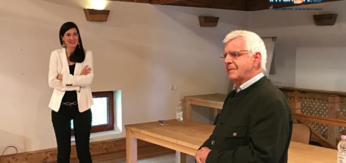 """VIDEO: Clotilde Armand la Centrul Ratiu Turda: """"Niciodată nu este prea târziu să-l redescoperim pe Ion Raţiu, avem mult de învățat de la el"""""""