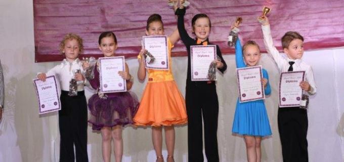 Dansatorii turdeni au obținut 8 medalii la Cupa Satmarului