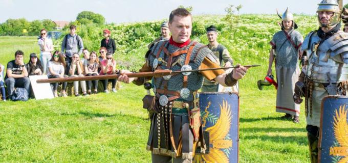 VIDEO: Legionarii romani s-au reîntors în Castrul Roman Potaissa
