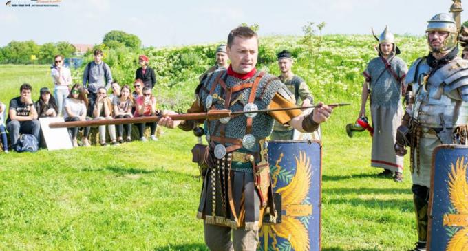 Sâmbătă, 9 iunie 2018: Simulare de lupte și ateliere didactice spectaculoase la Castrul Roman