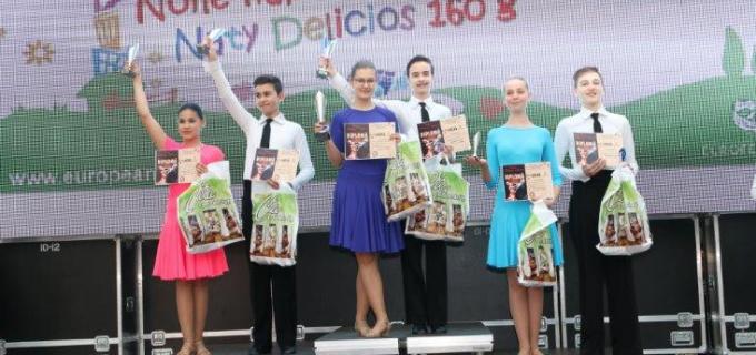 8 medalii au obținut sportivii clubului de Dans Sportiv Potaissa Turda la Oradea
