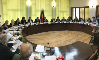 VIDEO: Ședinta Ordinară a Consiliului Local Câmpia Turzii. Vezi cine este noul Președinte al ședintelor de Consiliu