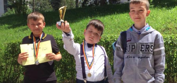 Șahiștii turdeni au câștigat turneul de la Sighetul Marmatiei si au obitnut rezultate remarcabile la Cluj