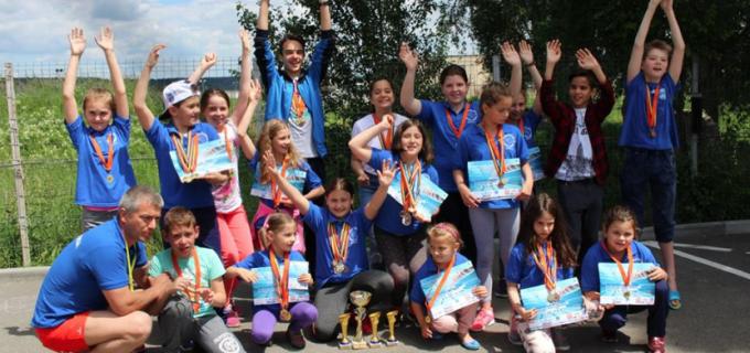 """Delfinii turdeni au cucerit 35 de medalii la Cupa """"Salina Turda"""""""