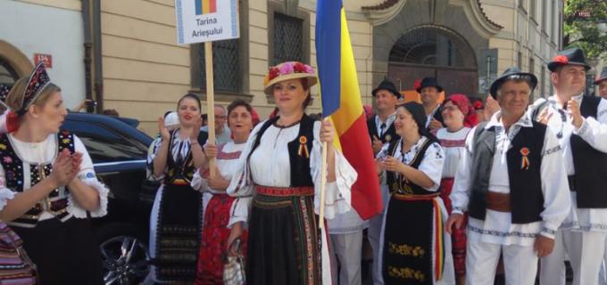 Ansamblul Țarina Arieșului Turda și Crina Prața au reprezentat România la Festivalul Internațional de Folclor