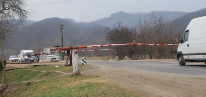 """VIDEO: Cel mai """"rapid"""" tren din lume circulă în România."""