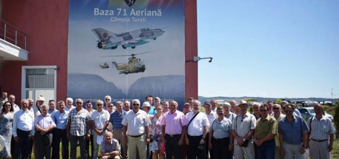 """La mulţi ani, Baza 71 Aeriană """"General Emanoil Ionescu""""!"""
