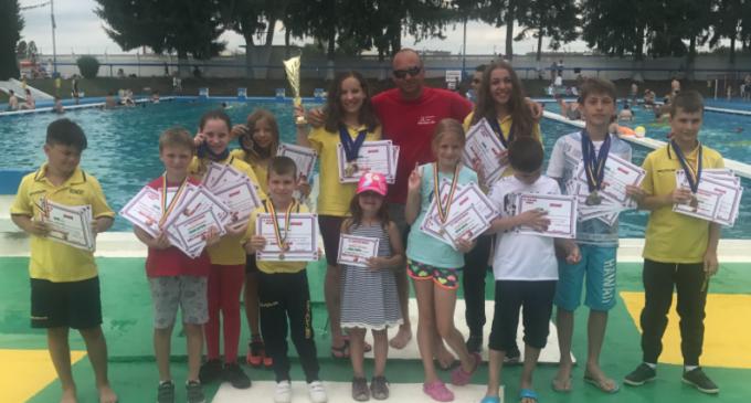 Sportivii Stone, Water & Snow au cucerit 22 de medalii la Cupa Team Nova-Victoria