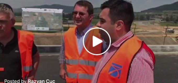 """VIDEO – Ministrul Răzvan Cuc avertizează: """"Am gasit prea putini oameni pe santier! In ritmul asta credeti ca va incadrati in termen? Da sau NU?!"""""""