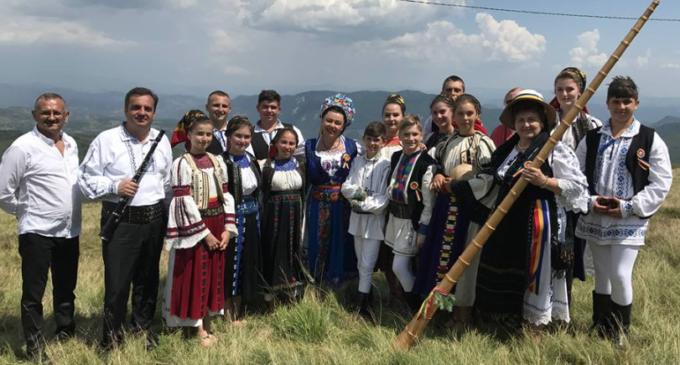 Clujenii, la înălțime la Târgul de Fete de pe Muntele Găina