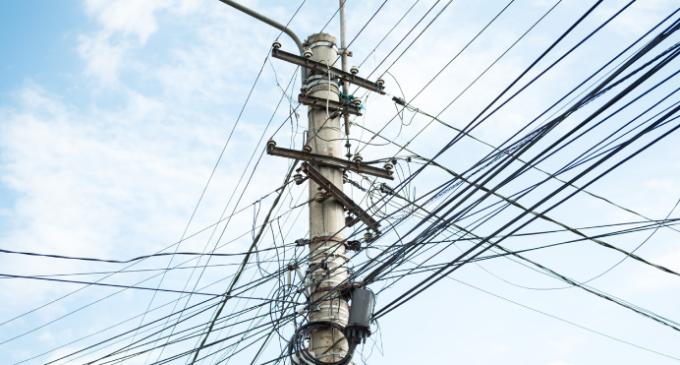 Electrica anunță întreruperea furnizării energiei electrice pe mai multe străzi din Turda